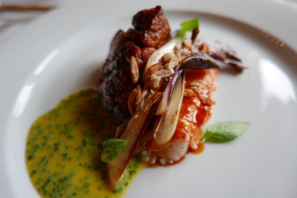 Ris de veau et langoustine © G