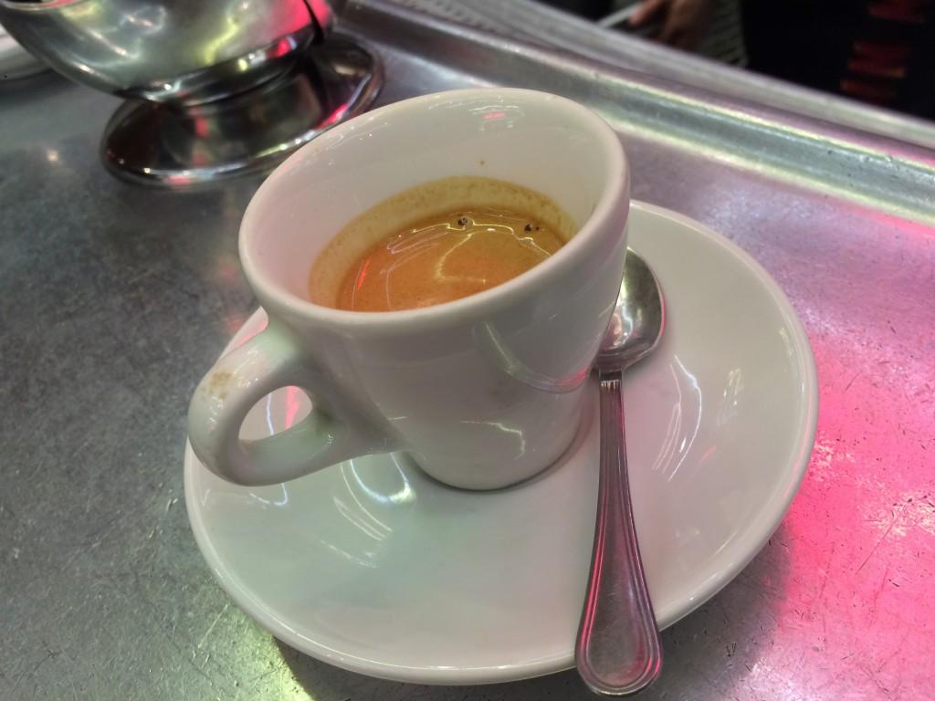 Un café sur le zinc © GP