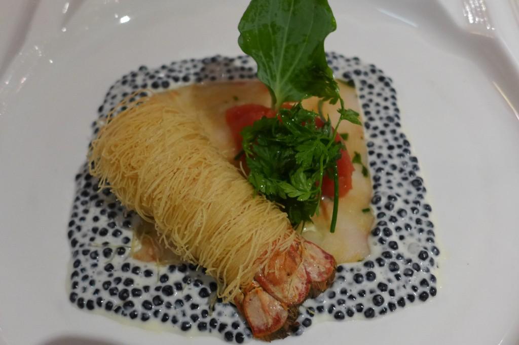 Langoustines, vermicelles, crème de caviar © GP