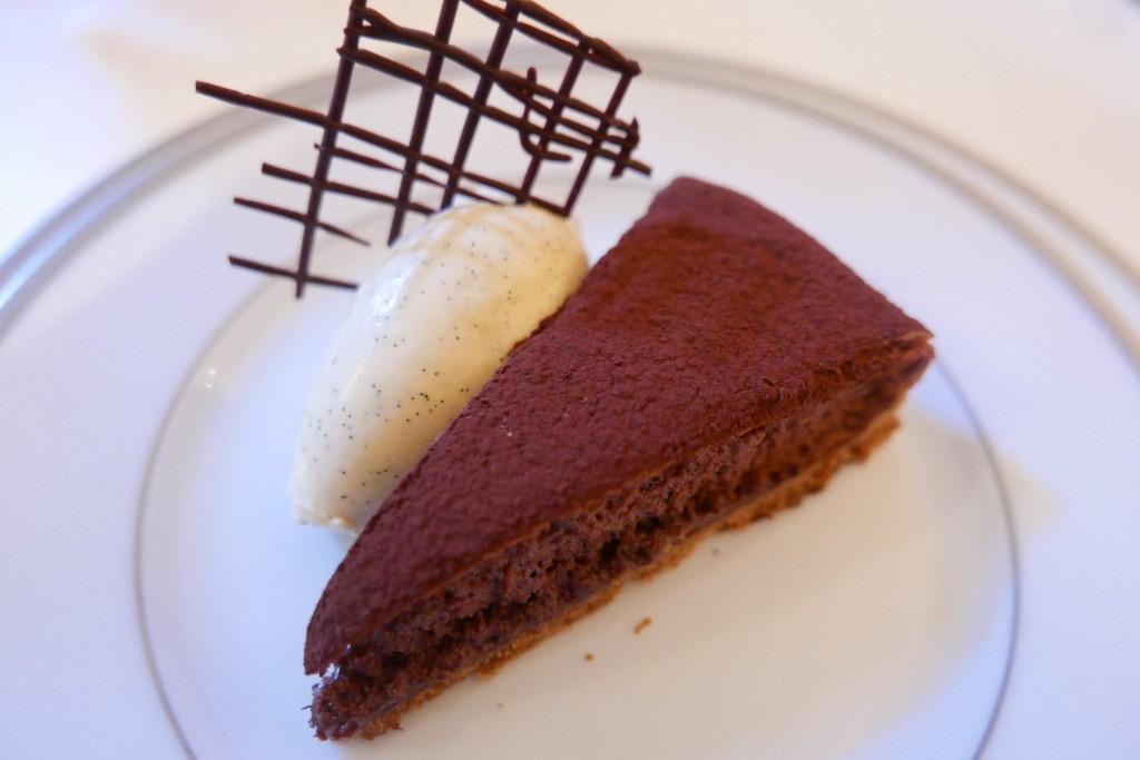 Tarte au chocolat, glace vanille © GP