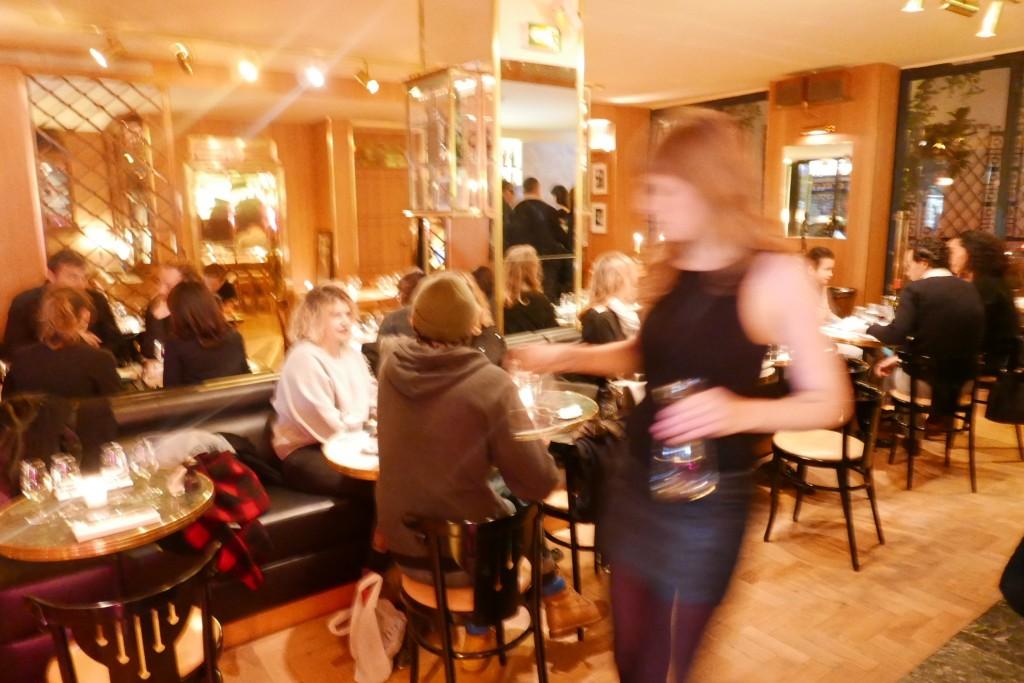 H tel grand amour restaurant paris 10e h tel le - Hotel grand amour paris ...