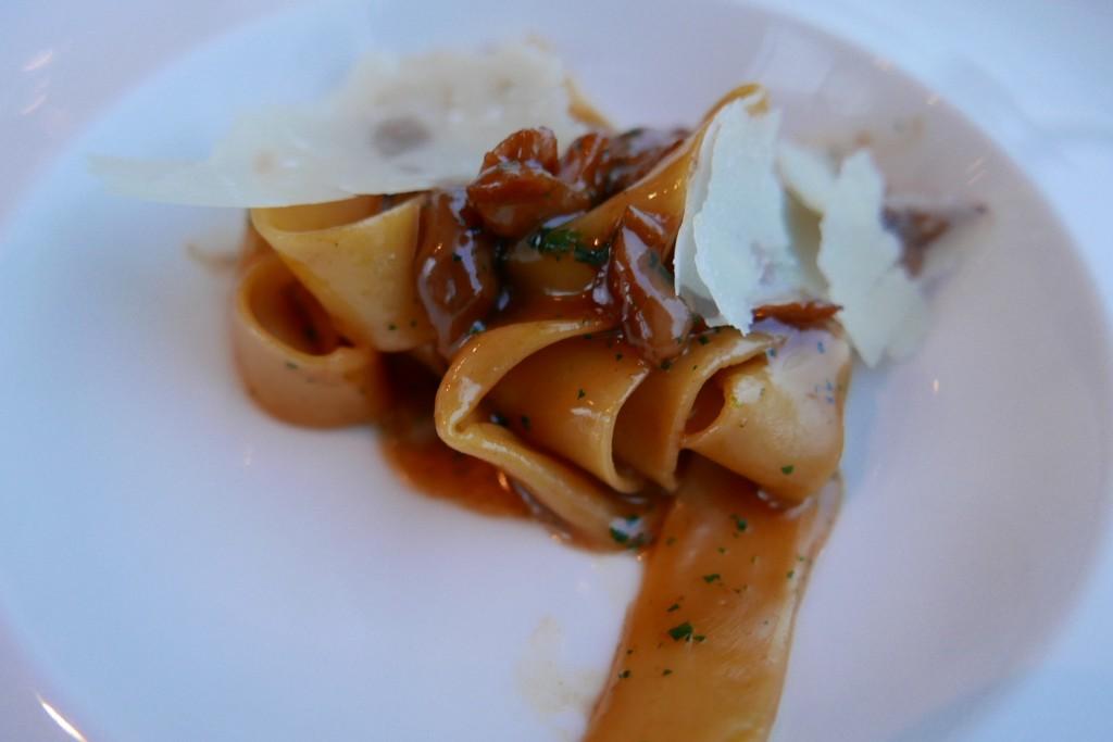 Pappardelle aux cèpes, romarin et parmesan ©GP