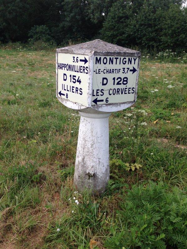 A Montigny-le-Chartif © Michelin
