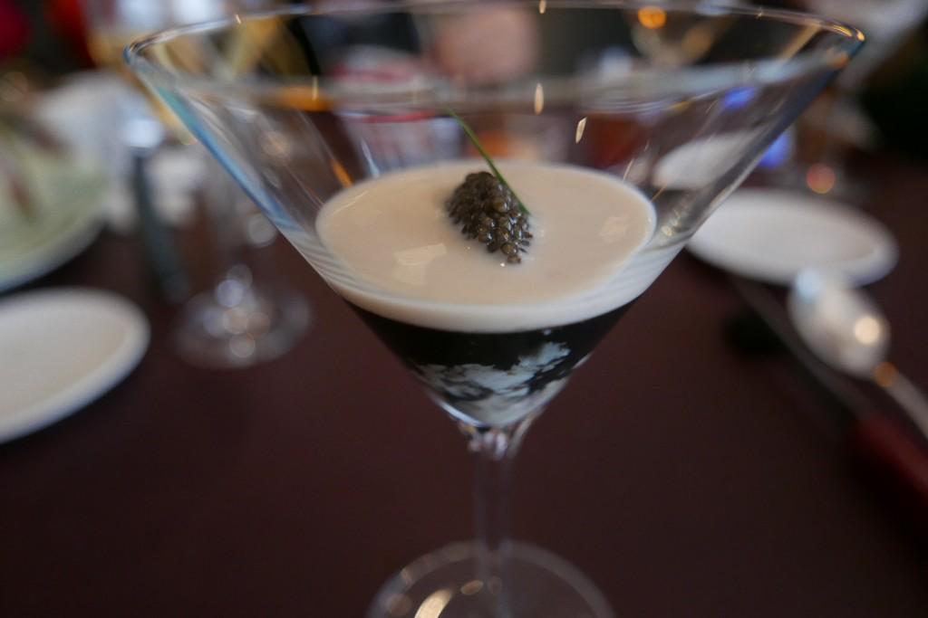 Gelée d'huître, caviar, cocos © GP