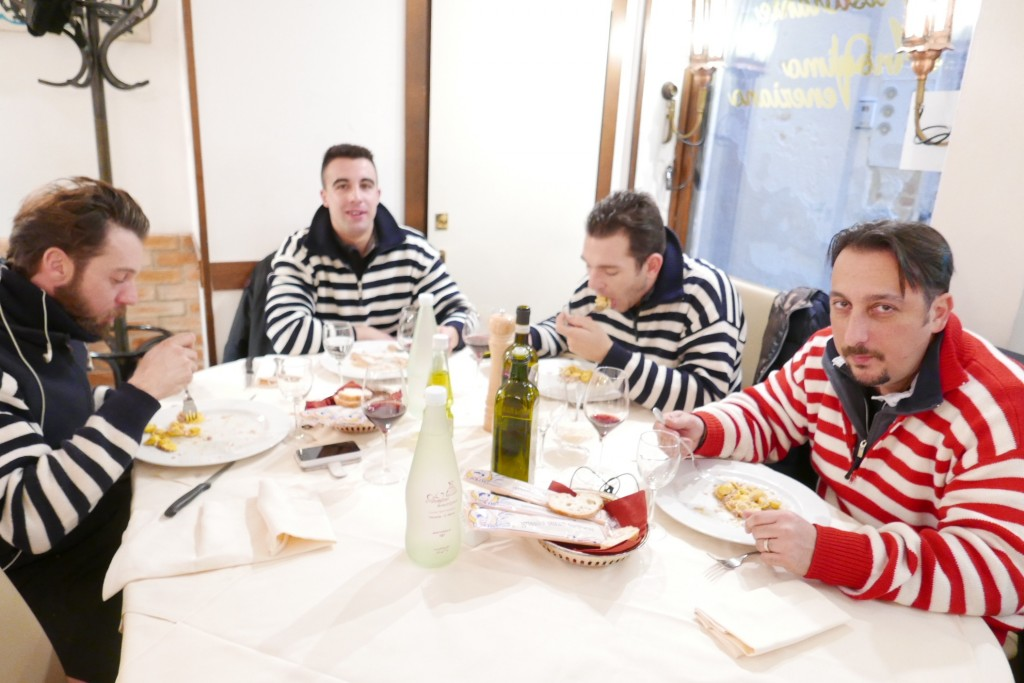 A la table des gondoliers © GP