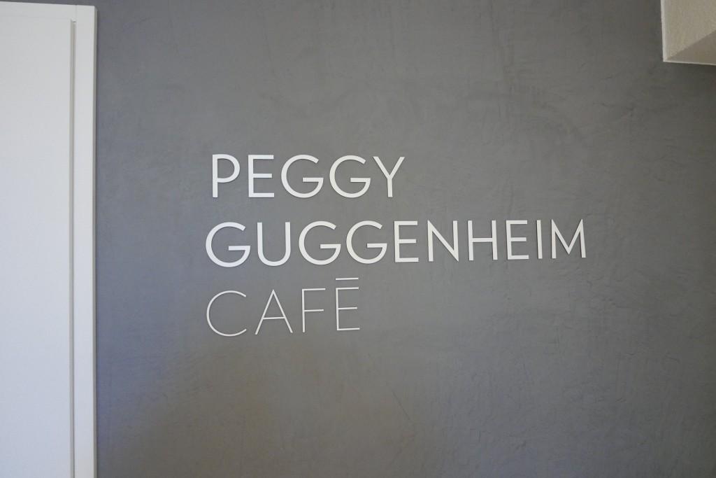 Panneau du Café ©GP