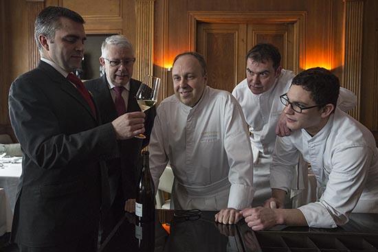 Alain Solivérès et son équipe © Maurice Rougemont
