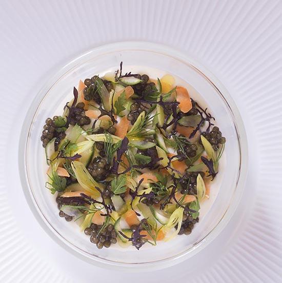 Velouté végétal et caviar osciètre.