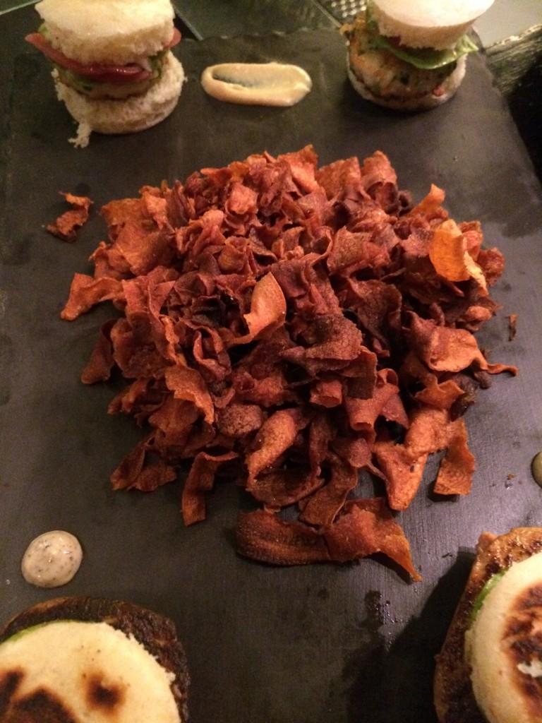 Buns de foie gras et chips de carottes © GP