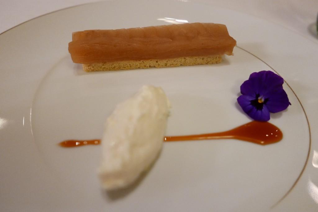 Pommes confites, pâte sablée, chantilly © GP