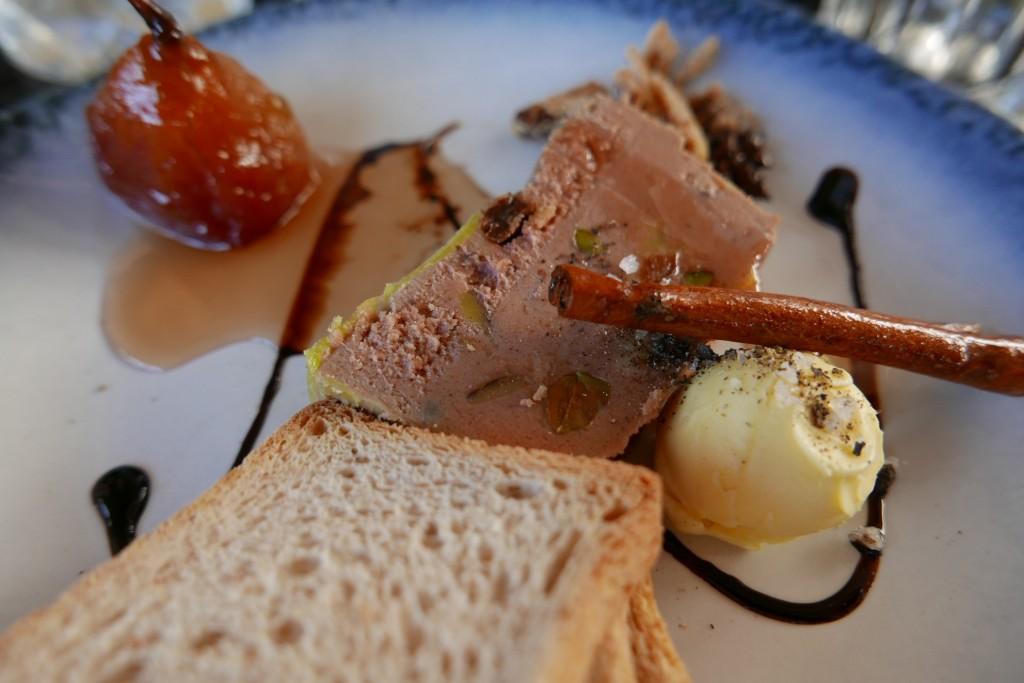 Foie gras à la poire et cannelle © GP