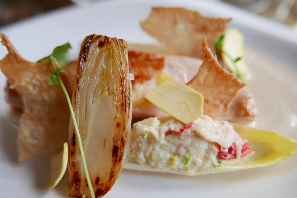Faisan rôti, salade de King crabe, chicorée ©GP