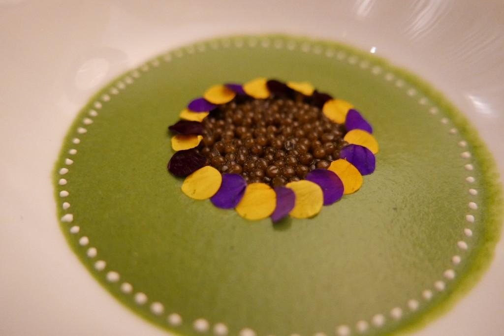 Cresson de fontaine et caviar © GP