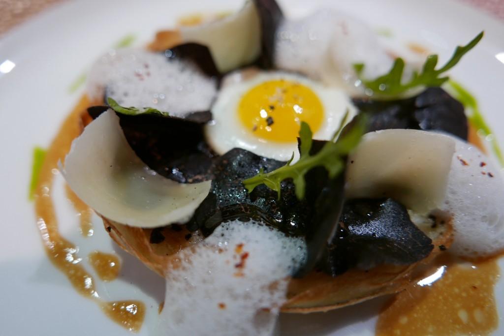 Tarte friande truffe, oignons © GP