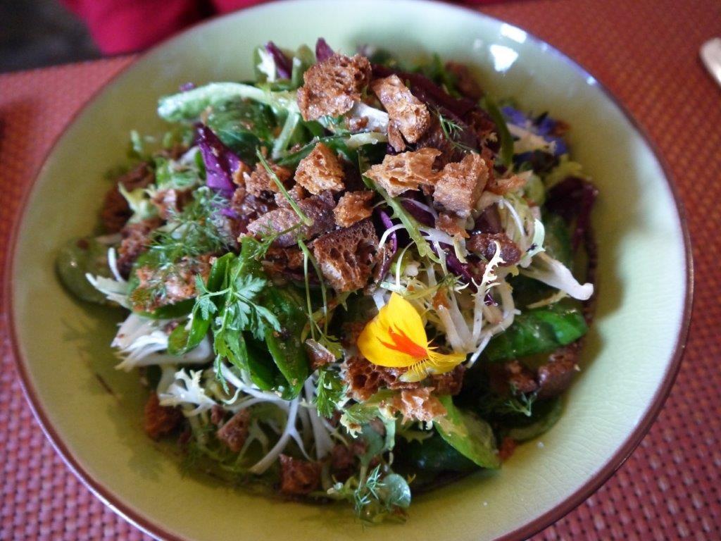 Salade verte de jeunes pousses © AA