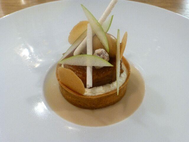 Fine tarte aux pommes caramelisees © DC