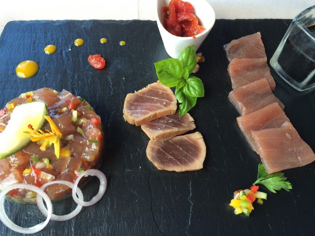 Assiette de poissons marinés © GP