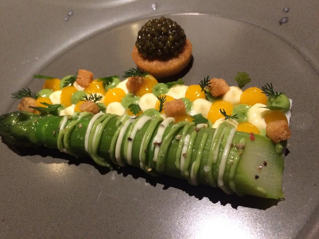 Asperge et condiment mimosa © GP