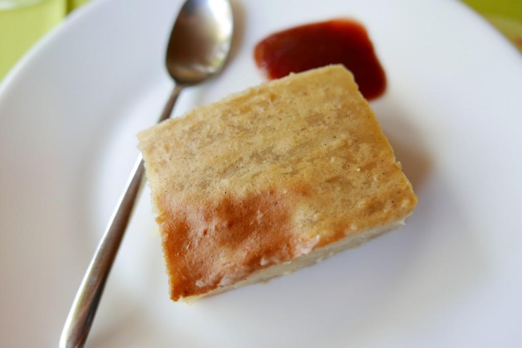 Gâteau de patate douce et confiture de goyavier © GP