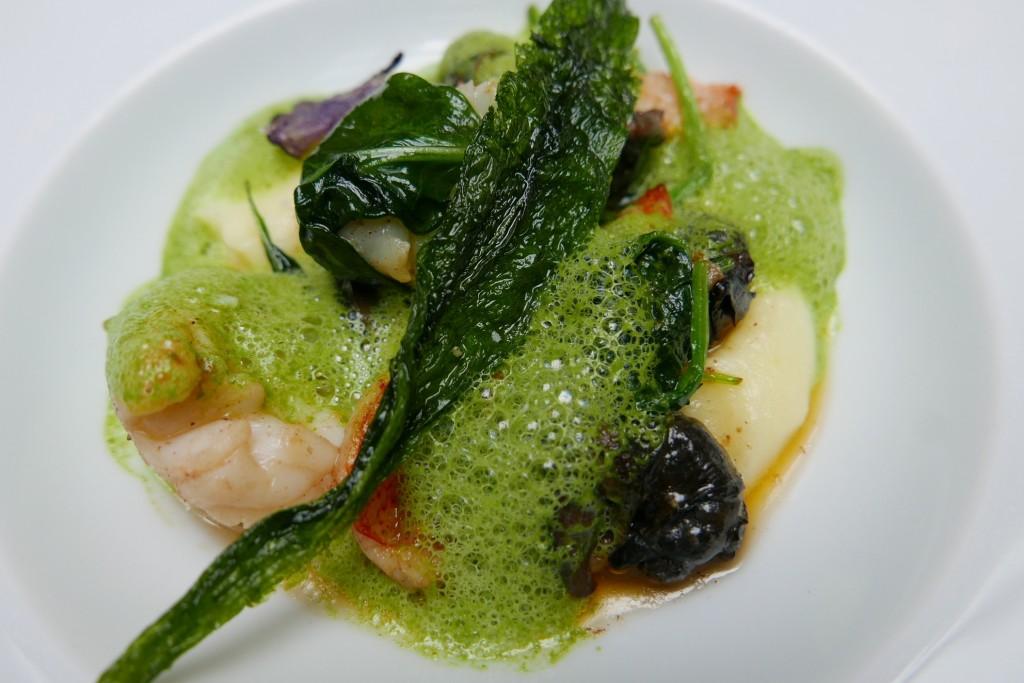 Homard, escargots, ail et persil © GP
