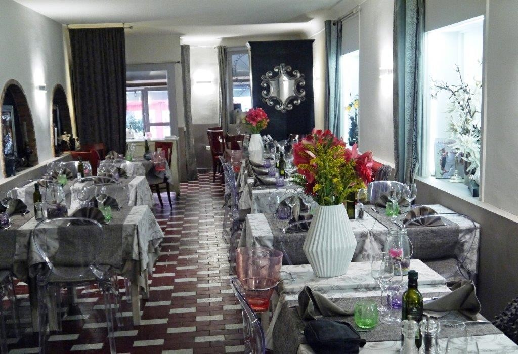 l 39 ulivo restaurant menton les plaisirs sardes de pascal restaurants. Black Bedroom Furniture Sets. Home Design Ideas