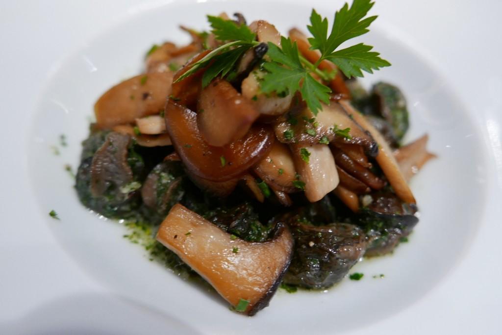 Escargots au beurre persillé © GP