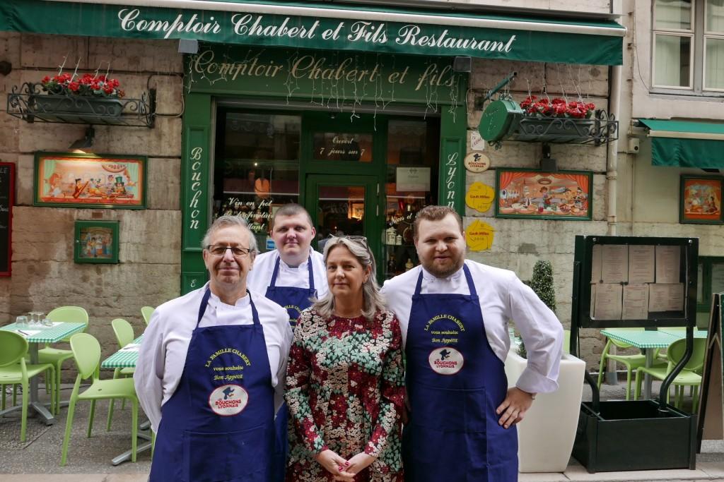 Stéphanie Midroit et les cuisiniers © GP
