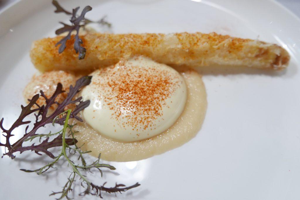 Beignet d'asperge blanche, béarnaise ©GP