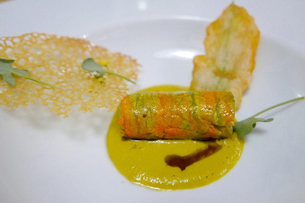 Cannelloni de fleur de courgette, chair de crustacé ©GP