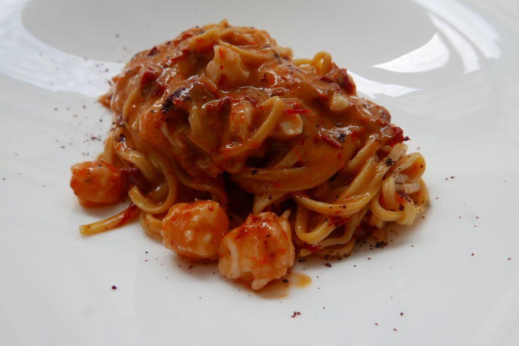Taglioni aux crevettes rouges de Sicile, poivrons séchés ©GP