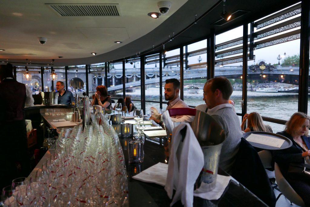 La Table Du Flow Restaurant Paris 7e La Belle Surprise Du Flow