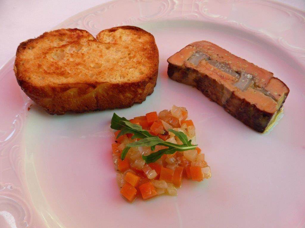Pressé de foie gras aux artichauts © AA