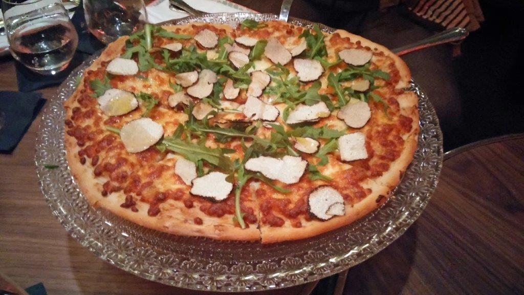 Pizza aux truffes ©AA