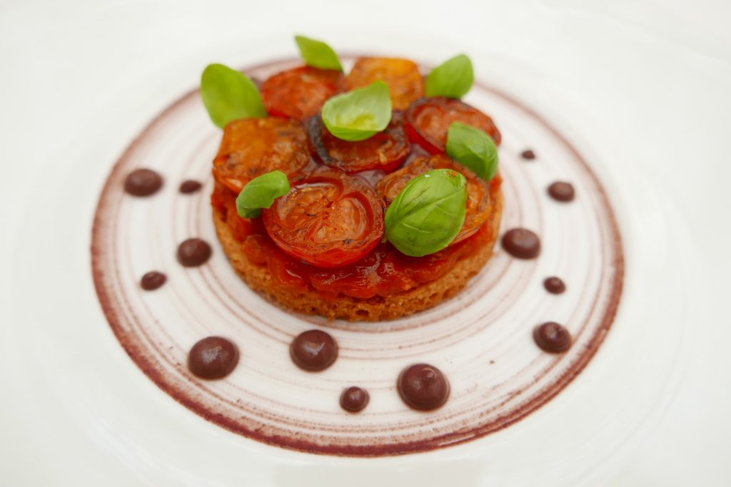 Tarte sablée à la tomate © GP