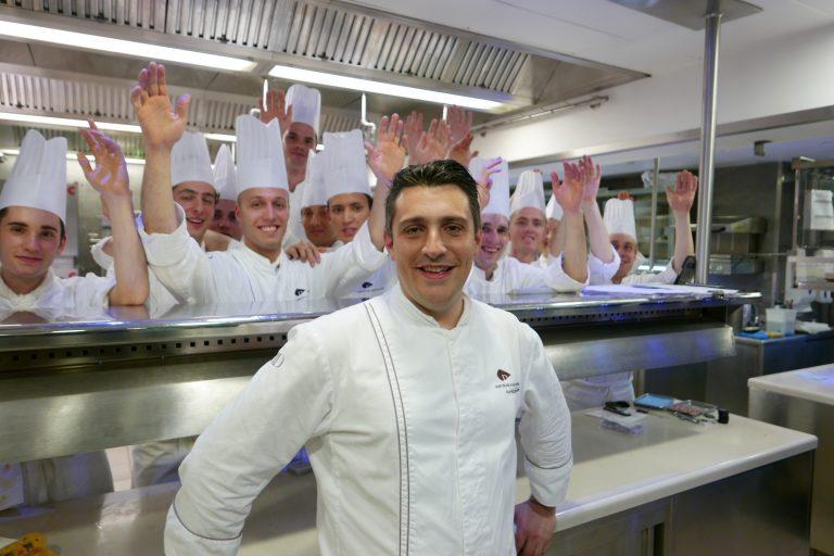 Jean-Philippe et son équipe de cuisine © GP
