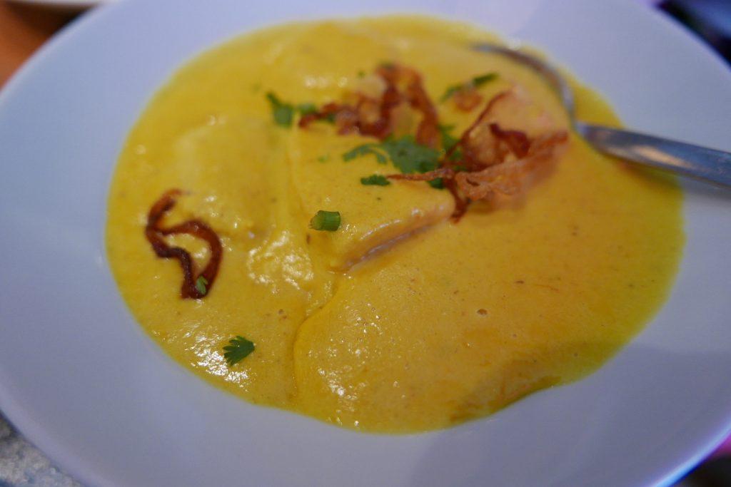 Curry de poulet au safran © GP