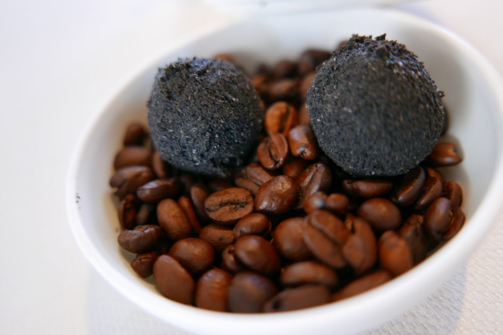 Truffe de maquereau et café ©GP