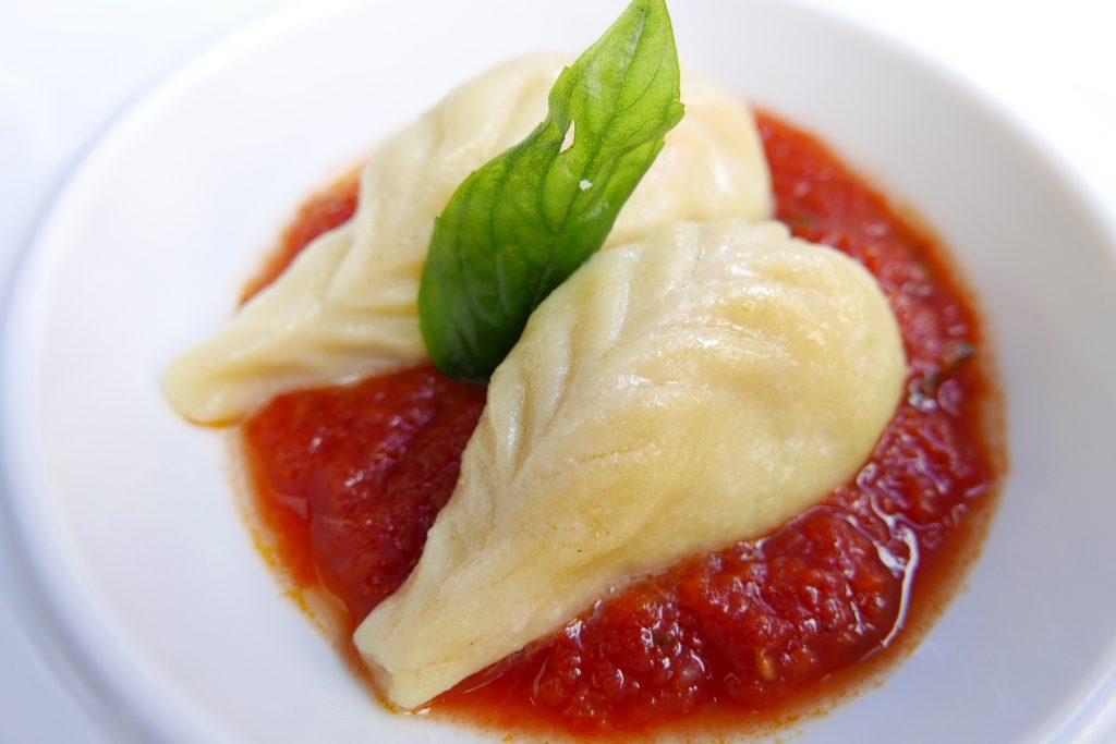 Culurgiones tomate, basilic © GP