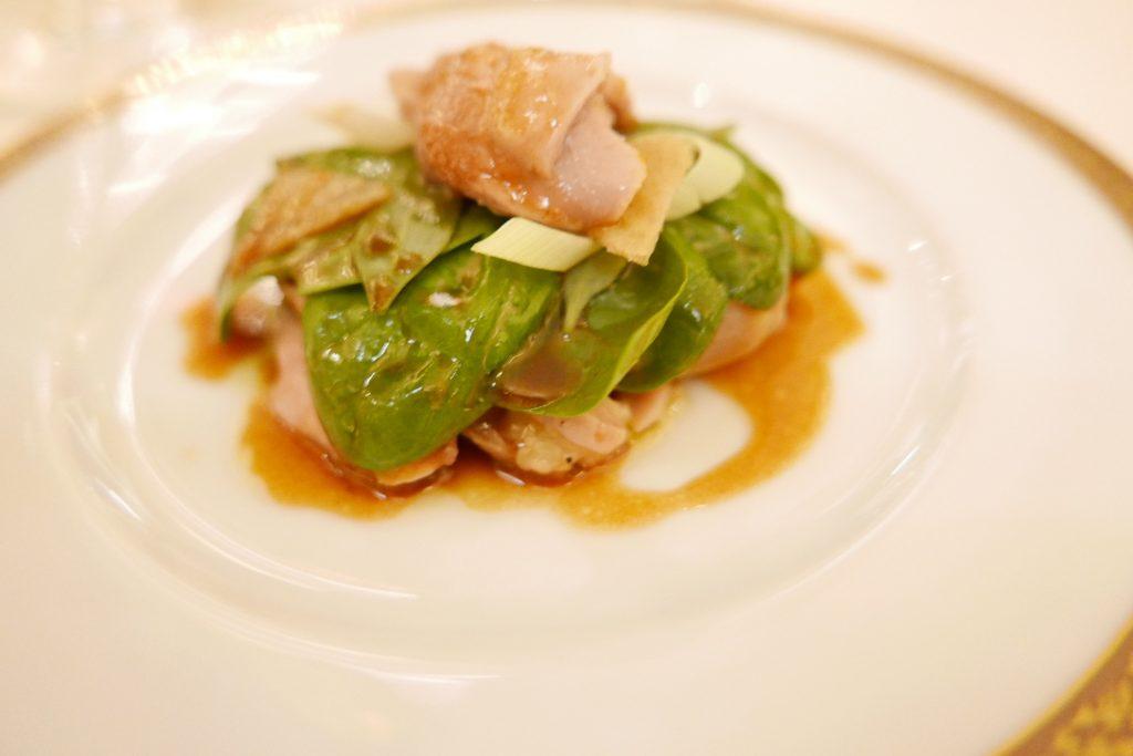 Salade de volaille, cuisses, sot l'y laisse ©GP