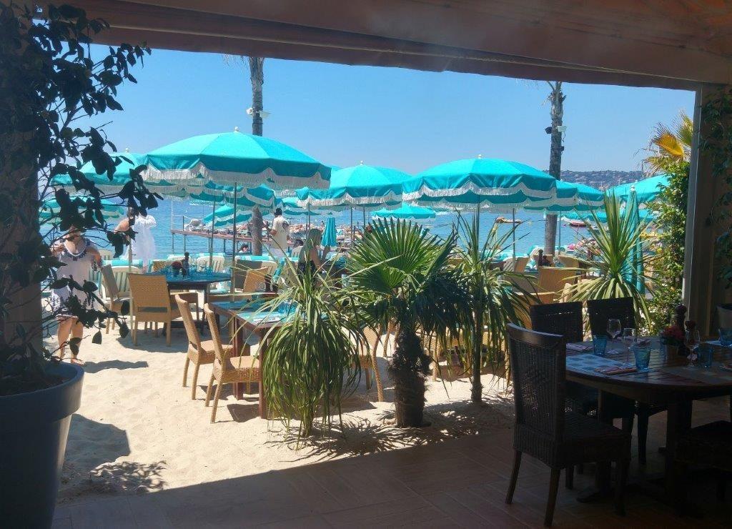 Plage les pirates restaurant juan les pins la plage chez les pirates restaurants - Plage la plus proche de salon de provence ...