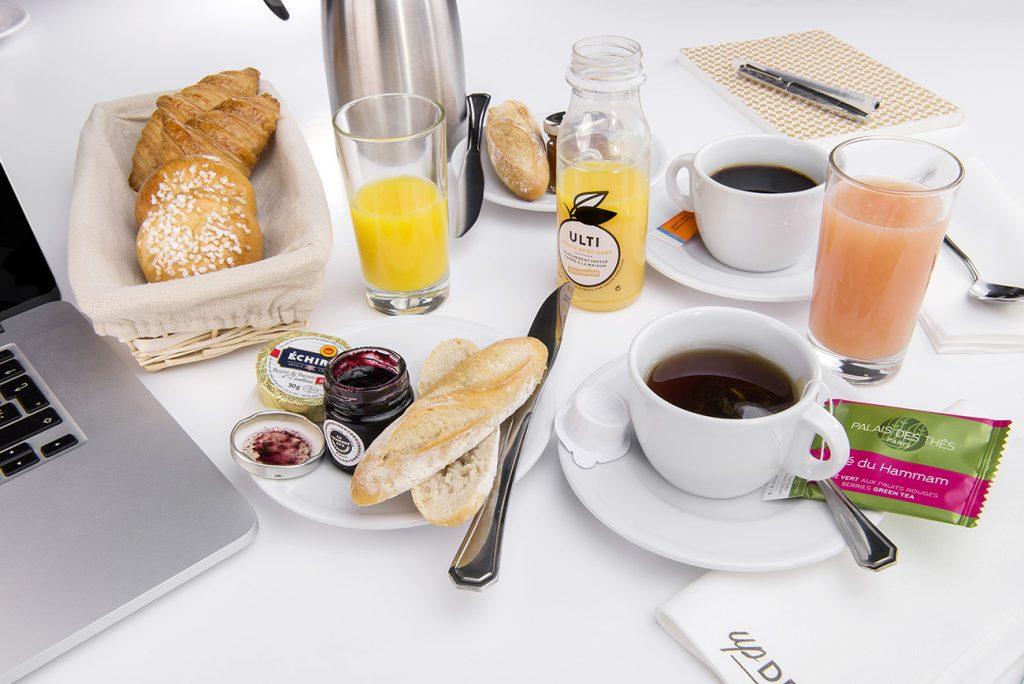 Un petit déjeuner gourmand © JPE