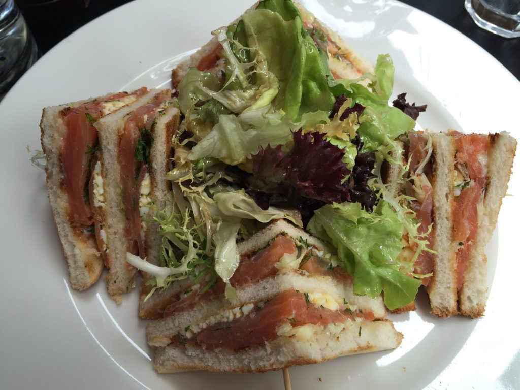 Club sandwich au saumon © GP