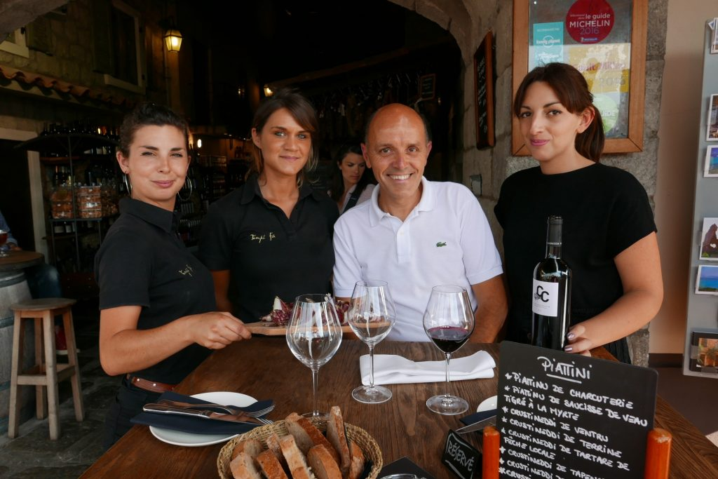 Frédy Faverot et son équipe de charme © GP