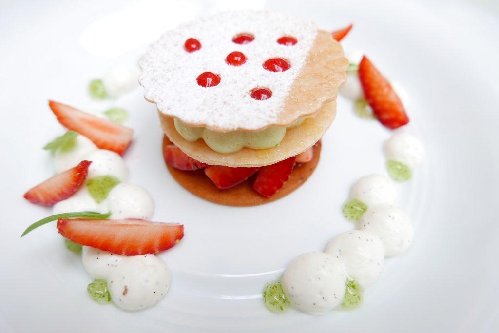 Millefeuille verveine-fraise © GP
