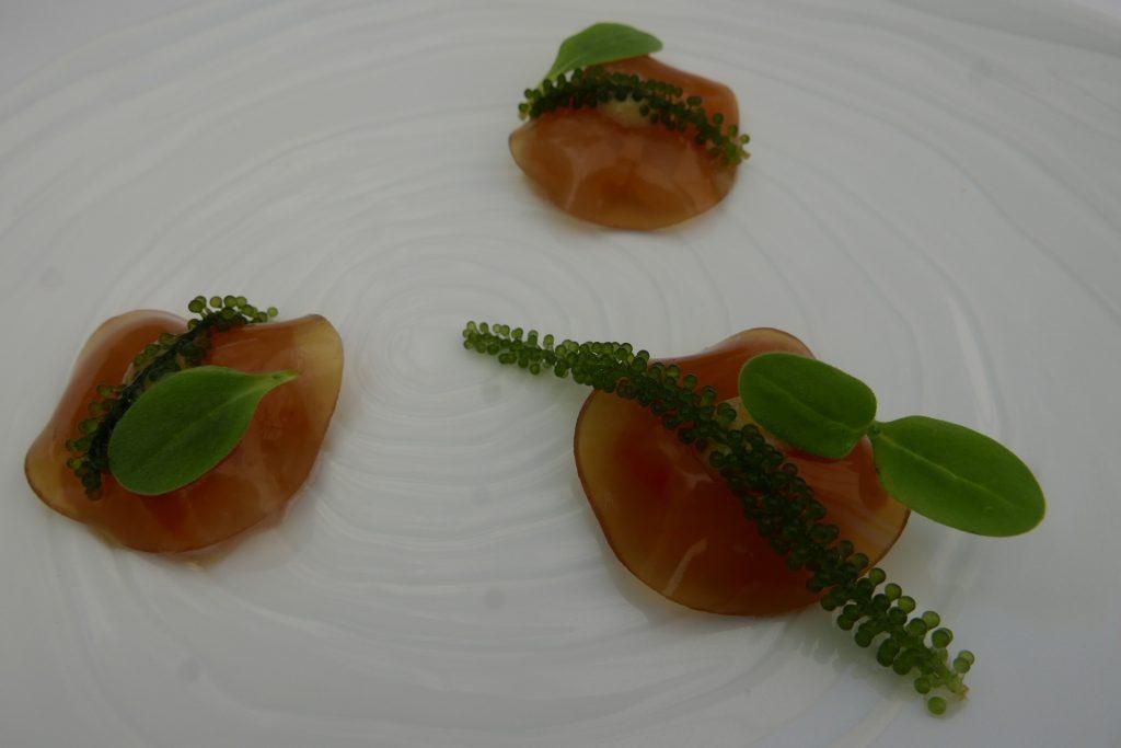 Langoustines en tartare au couteau avec son gel de carapace © GP