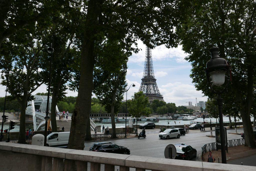 La tour Eiffel vue de la terrasse © GP