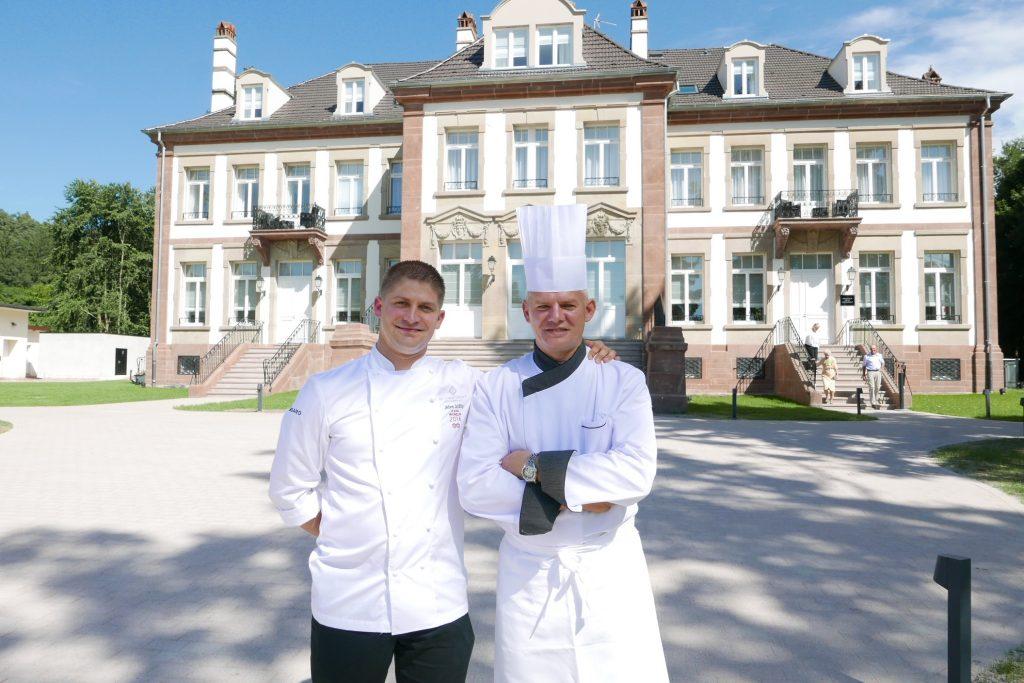 Jérôme Schilling et Eric Frieden devant le Château Hochberg ©GP