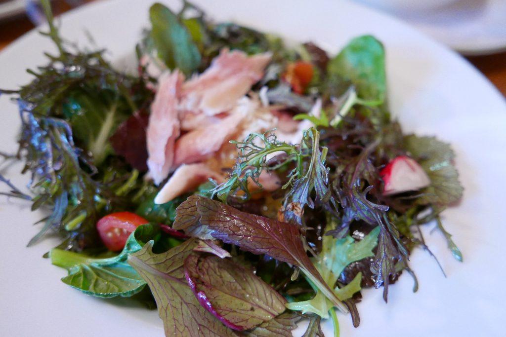 Salade de truite fumée © GP