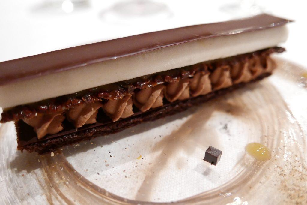Feuille à feuille chocolat et mélèze ©GP