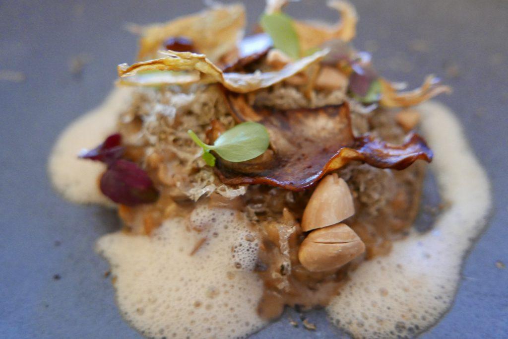 Mijotée de knepfle comme un risotto, cèpes, artichauts et truffes d'été © GP